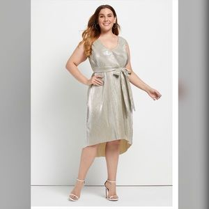 New ModCloth Greatest Glitz Faux wrap dress.